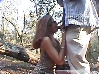 extremely impressive blowjob and facial open-air