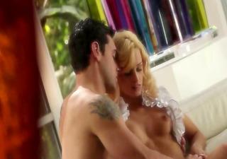 ultra enchanting blondie and her boyfriend