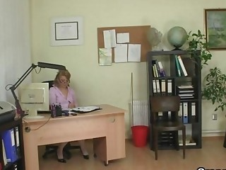 grownup bureau boss forces him bang her uneasy