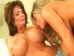 deauxma & kristal summers, awesome woman