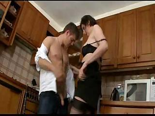 tall lady banging inexperienced man