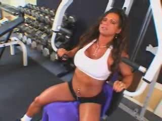 super grownup slutty brunette bodybuilder drilled
