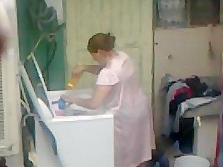 spying aunty butt washing ... big butt heavy