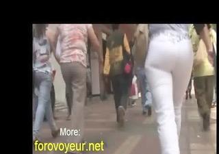 voyeur large wazoo d like to fuck tight jeans